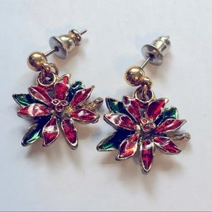 Vintage Avon Earrings Holiday jewelry Poinsettia